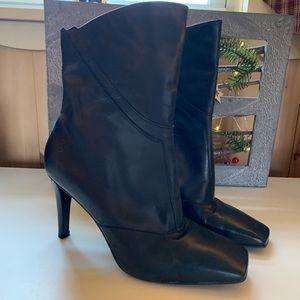 🌈Bronx Black Leather Booties